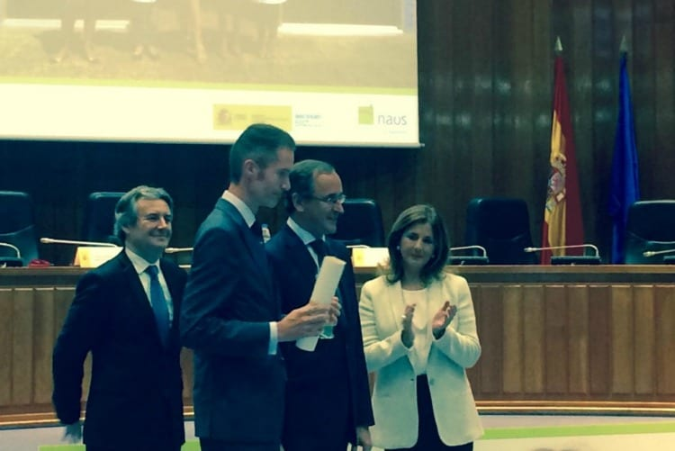 Recogida del premio Naos a Central Lechera Asturiana por su innovación en el ámbito laboral