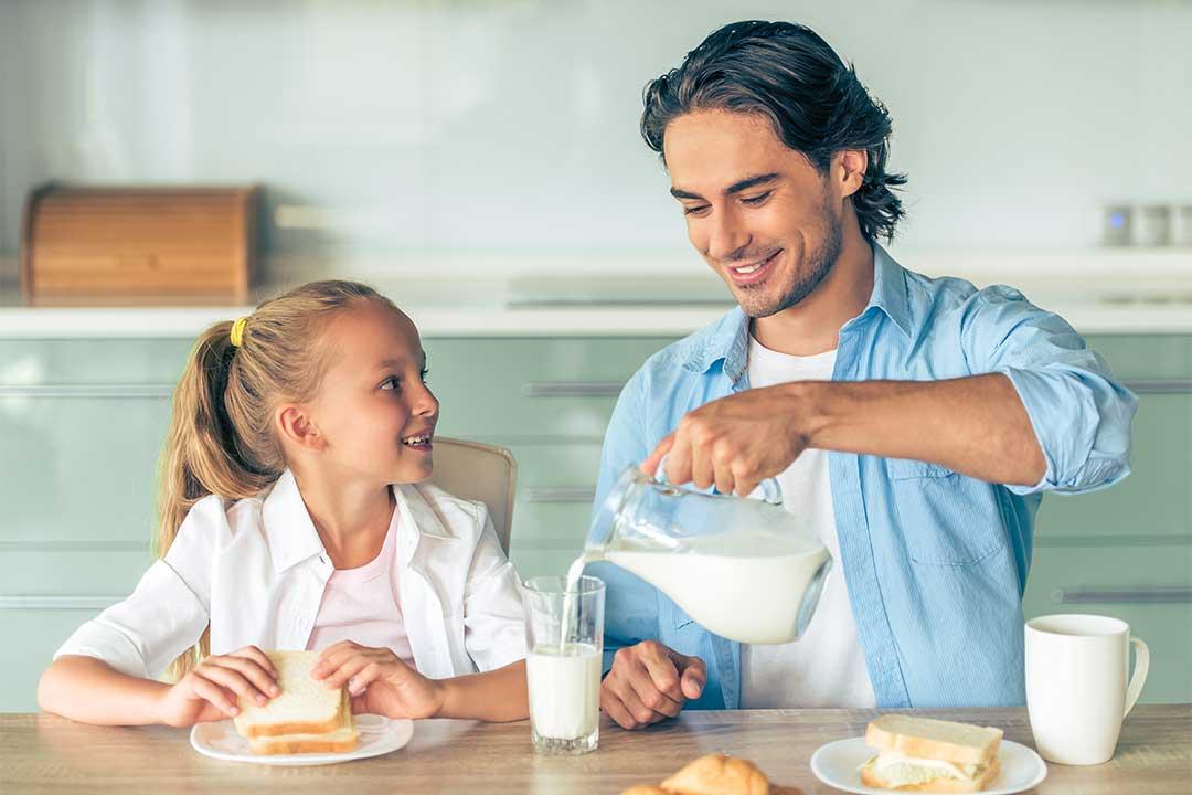 ¿Cuántas raciones de lácteos debo consumir al día?